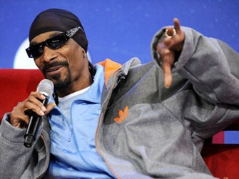 Snoop Dogg  Top 10 Richest Rappers Of 2012!