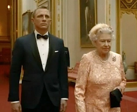 Daniel Craig as James Bond with The Queen in Olympics film thumb London Olympics 2012 Opening Ceremony Expenditure Highlights!
